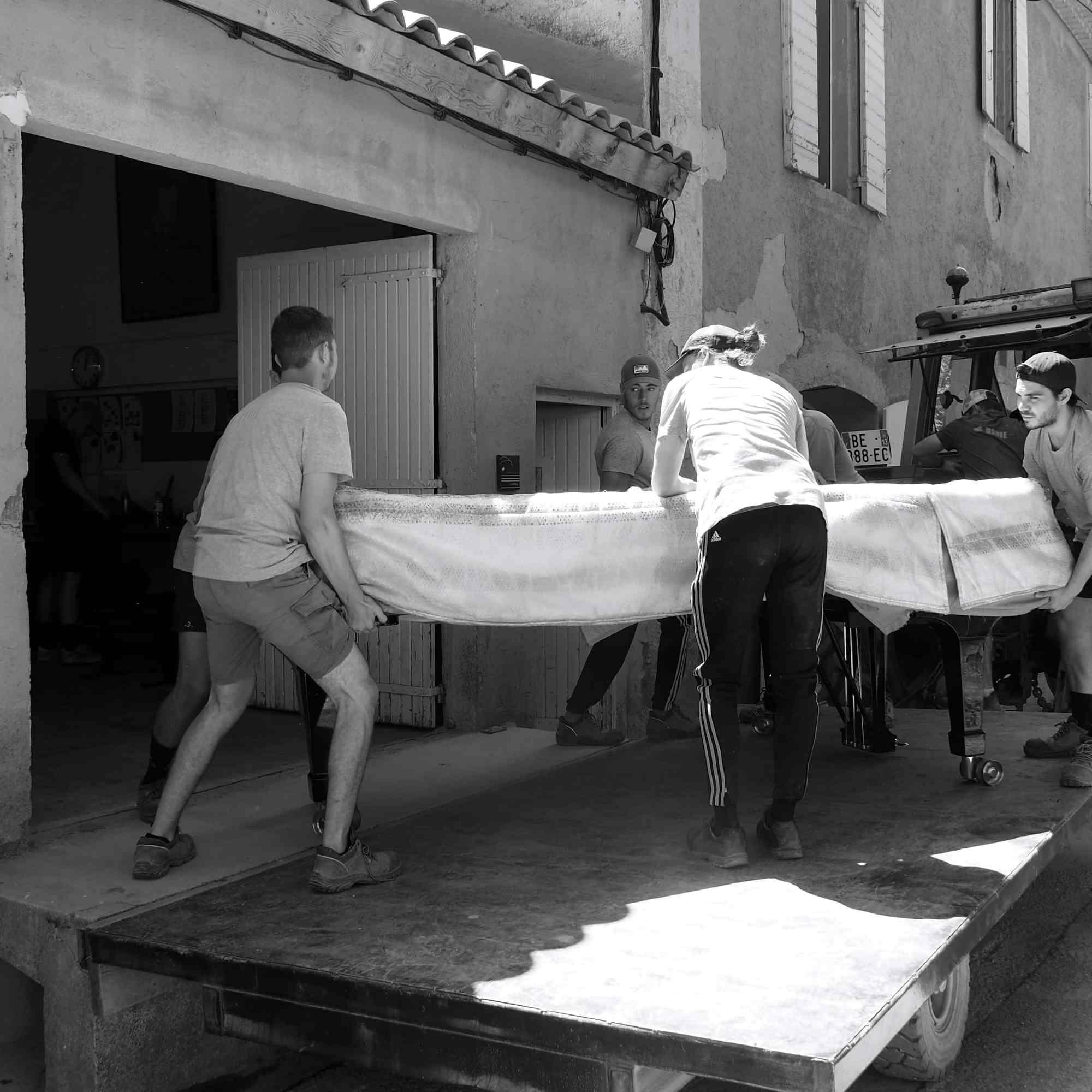 transport du piano depuis l'atelier des accordeurs