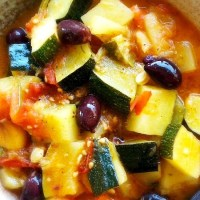Cooking: Courgettes a la Grecque | Zucchini stewed in oil