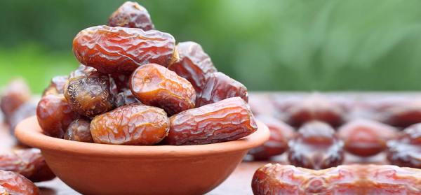 17-Amazing-Benefits-Of-Dates-For-Skin-Hair-And-Health