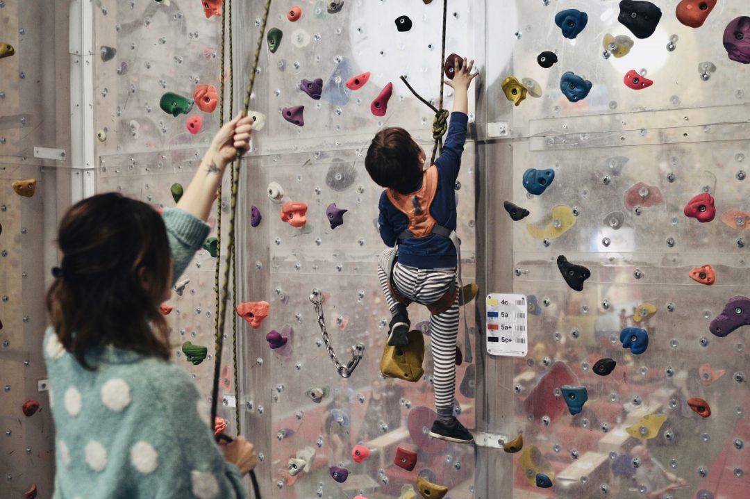 Quel est l' âge idéal pour commencer l'escalade?