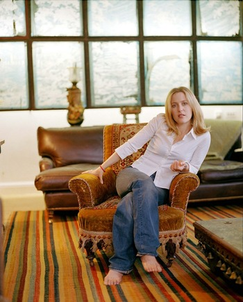 ダナ・スカリーを演じる、ジリアン・アンダーソン(Gillian Anderson)。 綺麗ですね。