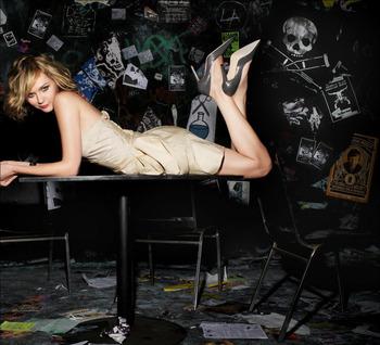 『インタビュー・ウィズ・ヴァンパイア』で見せた少女吸血鬼クローディア役、キルスティン・ダンス(Kirsten Dunst)。