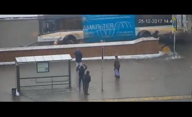 【閲覧注意】 バスが事故を起こして突っ込んだところは・・・