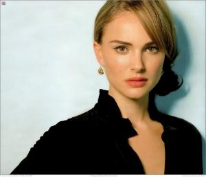 パパラッチが盗撮したのはナタリー・ポートマン(Natalie Portman)の・・・