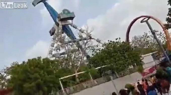 【閲覧注意】 インドの遊園地で遊具が大事故。