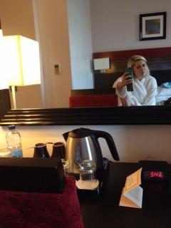 アメリカの有名女優「メリッサ・ジョーンズ(Melissa Johns)」がエロい自撮りを流出させてしまう。