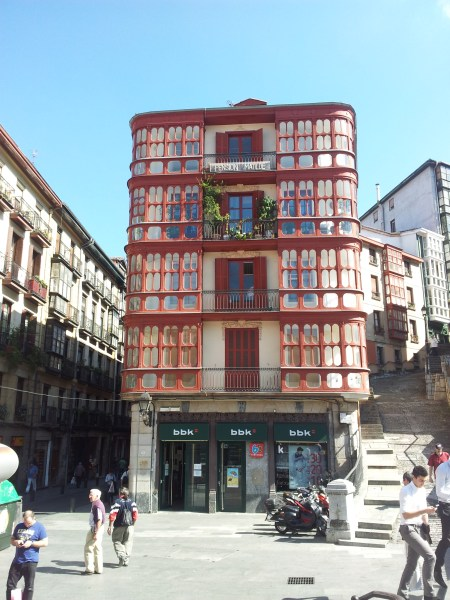 Lovely building near Placa Nueva