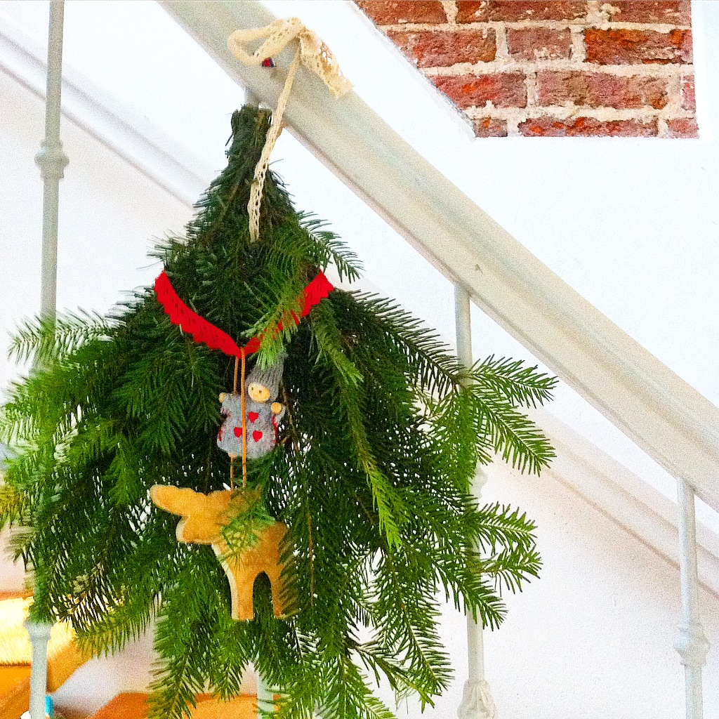 b cher f r den advent weihnachtliches basteln und dekorieren ganz normale mama. Black Bedroom Furniture Sets. Home Design Ideas