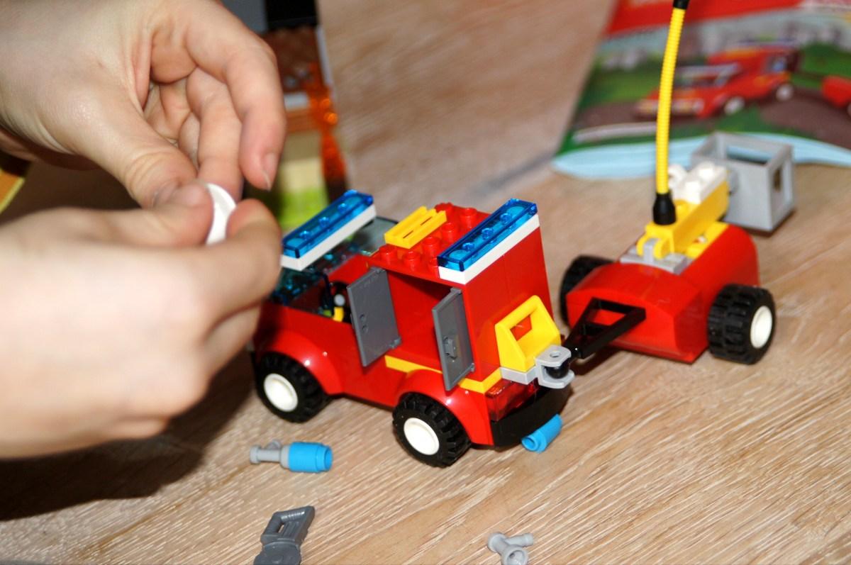 Lego Juniors Easy to Build Sets: Da können auch schon kleine Kinder unter 5 Legos bauen.
