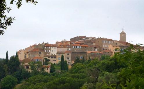 Ramatuelle - idyllisches Bergdorf an der Cote d'aZur in der Nähe von St. Tropez - typisch Provence.
