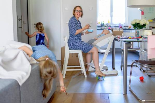 Buchtipp: Alles wie immer, nichts wie sonst - Julia Hubinger über ihr Leben als dreifach Mutter mit MS