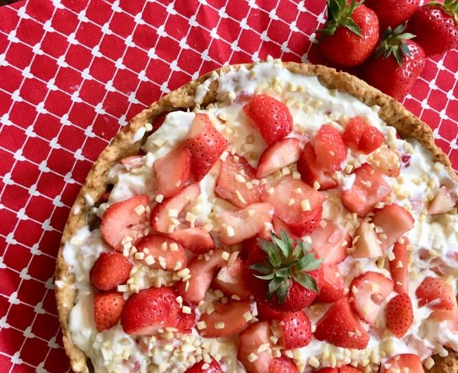 Erdbeerkuchen mit Mascarpone - eine schwedische Rat tarte mlt erdbeeren - einfache Rezept
