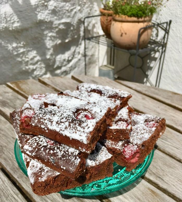 Rezept für himbeerkuchen mit Schokolade blechkuchen mit Himbeeren