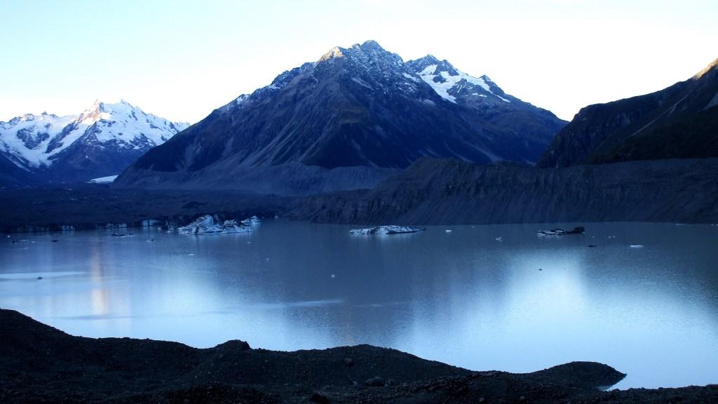 Widoki na czoło lodowca Tasmana i jak wywnioskowałam z topografii - na górę Novara