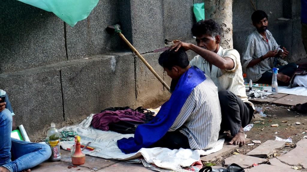 Usługi na ulicy w Indiach