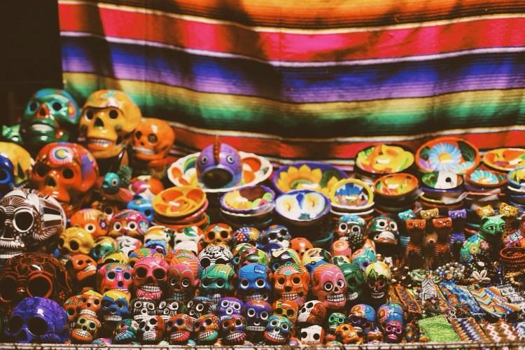 Czaszka meksykańska – symbol radosnego święta śmierci