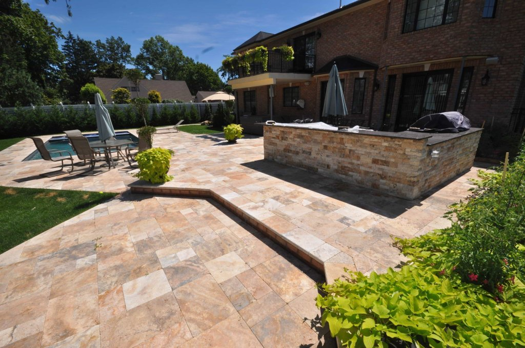 Roslyn Heights Gunite PooI Contractor