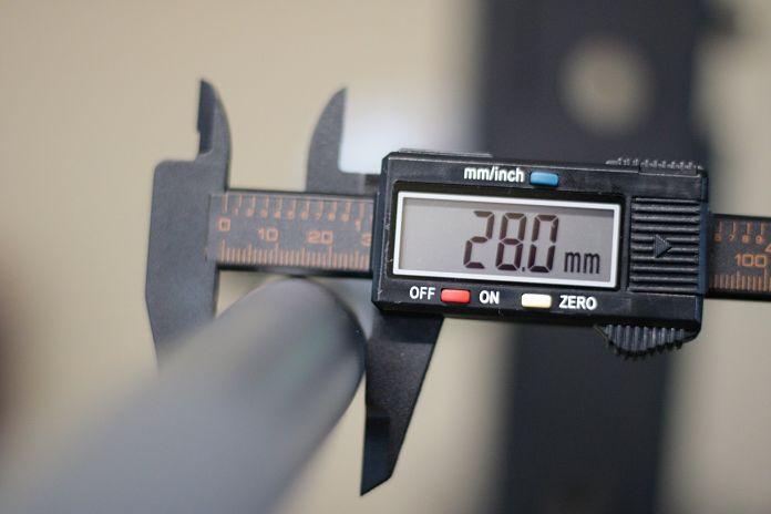 Fringe Sport Weightlifting Bar Shaft Diameter