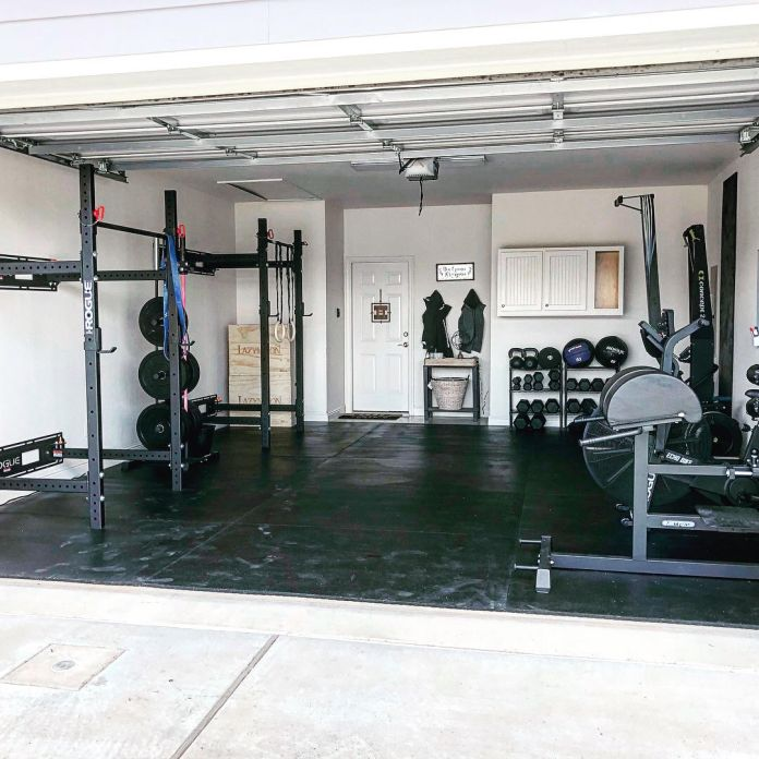 Holly and Haylie 3 Garage Gym Lab