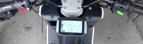 Tomtom Rider Navi, Smartphonehalterung, Lenkereinstellung beim NIU E-Roller