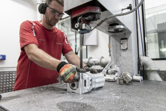 In der Porsche-eigenen Hausgießerei wurden die Zylinderköpfe hergestellt. ©Porsche AG