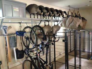 garage-organization-hunting