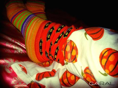 Pijama y calcetas de halloween