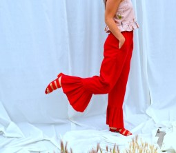 Pants and top from Selva Negra. Necklace and shoes from Awoke Vintage.
