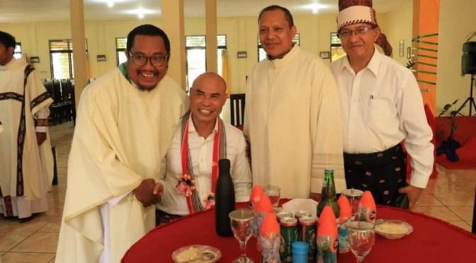 Gubernur Viktor Imbau Gereja Terlibat Aktif Perangi Sampah