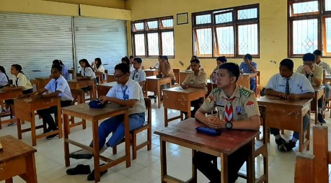 32 Tim Terbaik Lolos Seleksi Cerdas Cermat Kimia ke-IX Se-Nusa Tenggara Timur