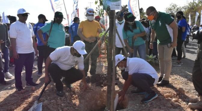 Tanam Pohon di Gerakan Kupang Hijau, Pemkot Kupang Jamin Bakal Rawat