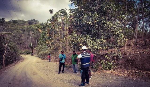 Listrik Masuk ke Desa Balus Permai Manggarai Timur dan di Pulau Lembata