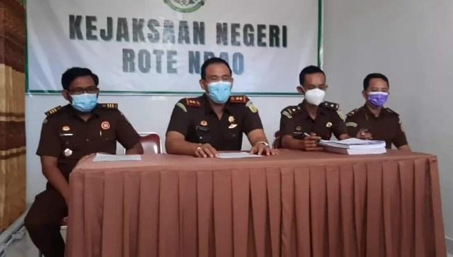 Terpidana Kasus Korupsi PLTS Rote TA 2014 Setor Pengganti Kerugian Negara