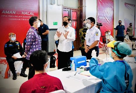 Jalin Sinergi Lintas Sektor, Pemerintah Target 1 Juta Vaksinasi per Hari