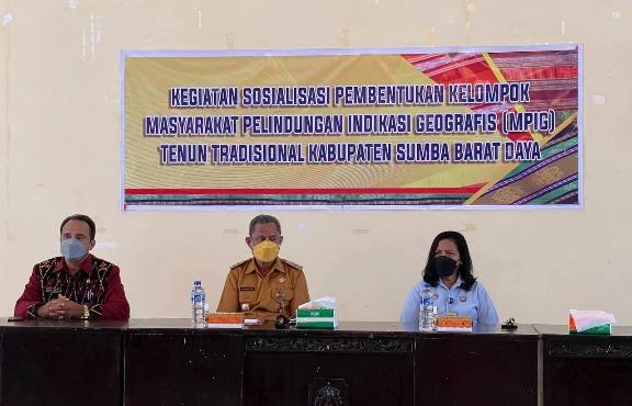 Kumham & Dekranasda NTT Diseminasi MPIG Tenun Tradisional Sumba Barat Daya