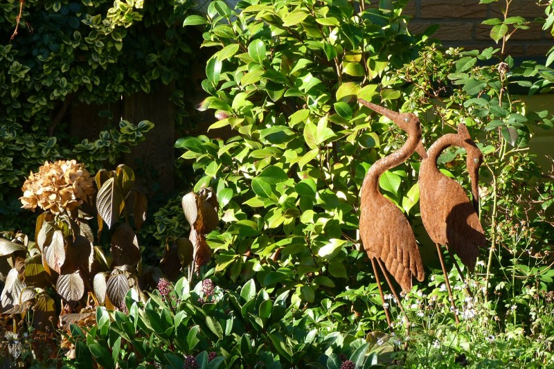 Iron feng shui garden sculptures
