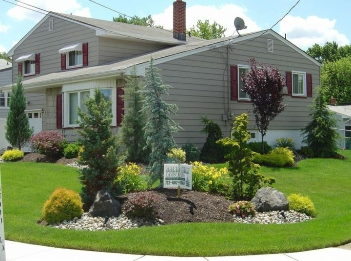 17 Best Ideas About Corner Landscaping On Pinterest | Corner intended for Landscaping Ideas Front Yard Corner Block