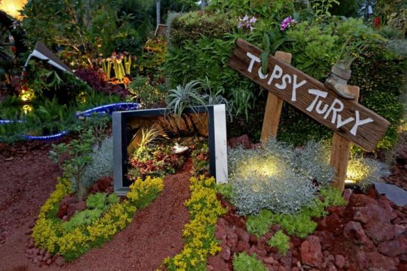 Gardeners' Cup 2016 Best Innovation Award, Topsy Turvy by Central CDC. Photo courtesy Singapore Garden Festival