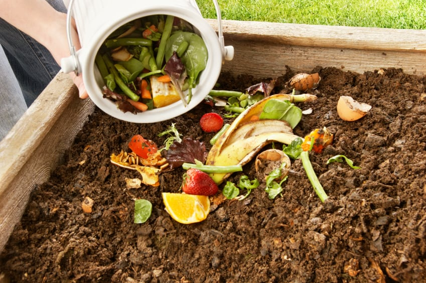 como-hacer-compost-gardeneas