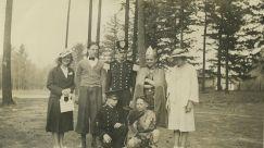 1939 Garden Home School, Operetta Isle of Chance, Lady Vlasta Becvar, Lord Roger Soule, Captain Ted Jensen, King Bill Worsham, Simpleta Phyllis VanDerMark, aide John Gamble Donald