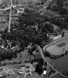 Hunt Club from NE (Garden Home School in upper left of photo)