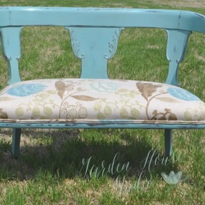 Chalk Paint® by Annie Sloan Color Provence