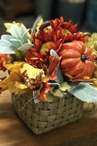 budget fall centerpiece