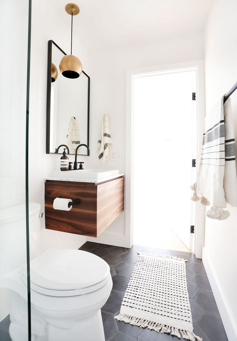 80+ Luxury Small Bathroom Decorating Ideas on Small Bathroom Ideas Decor id=52405