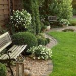 35 Awesome Front Yard Design Ideas (30)