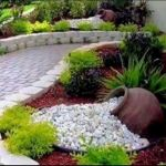 40 Beautiful Front Yard Rock Garden Landscaping Ideas (1)