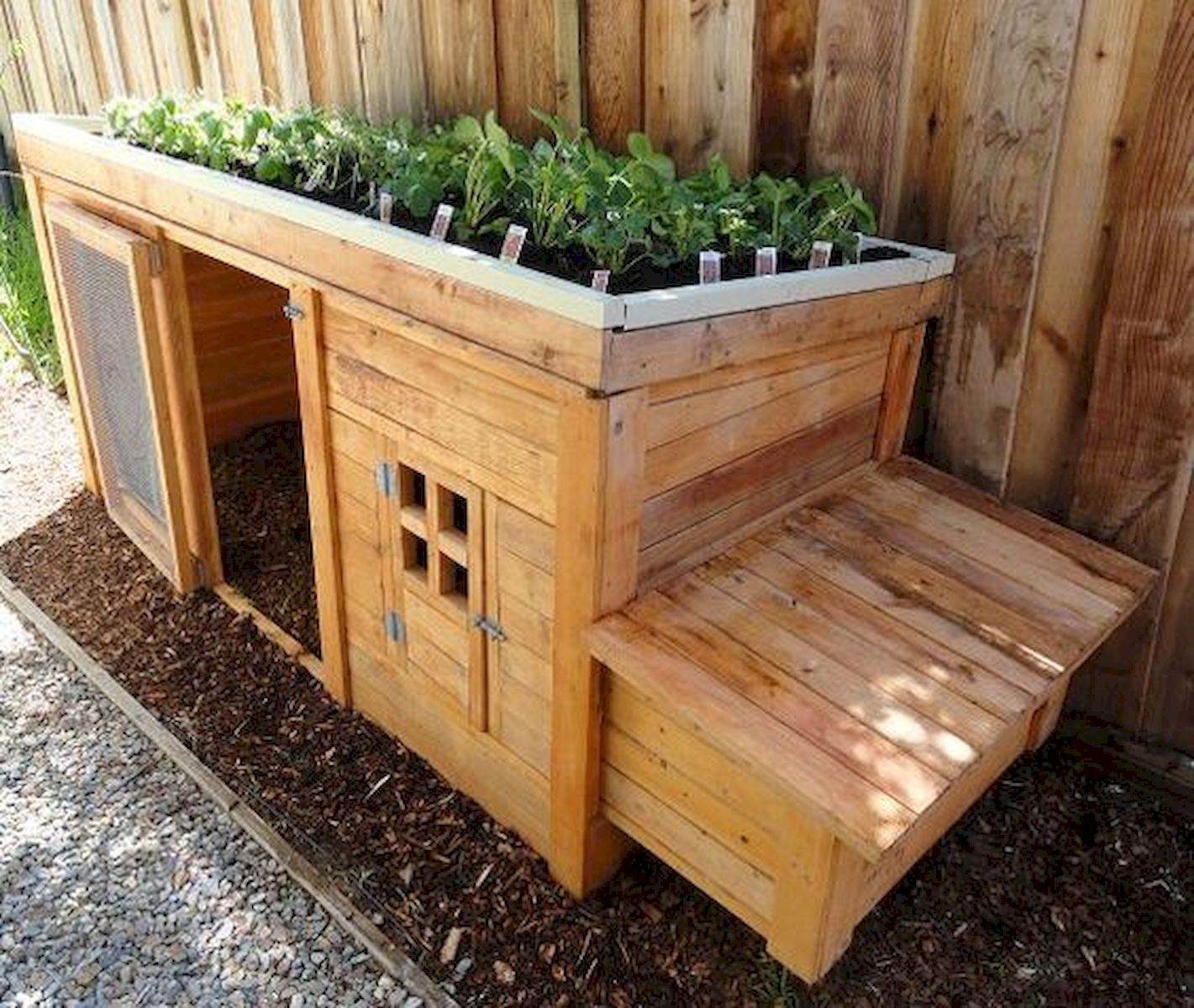 50 Inspiring Small Vegetable Garden Ideas (9)