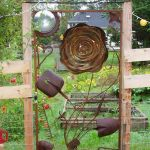 60 Unique DIY Garden Art From Junk Design Ideas (44)