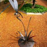 70 Fantastic Metal Garden Art Design Ideas (37)
