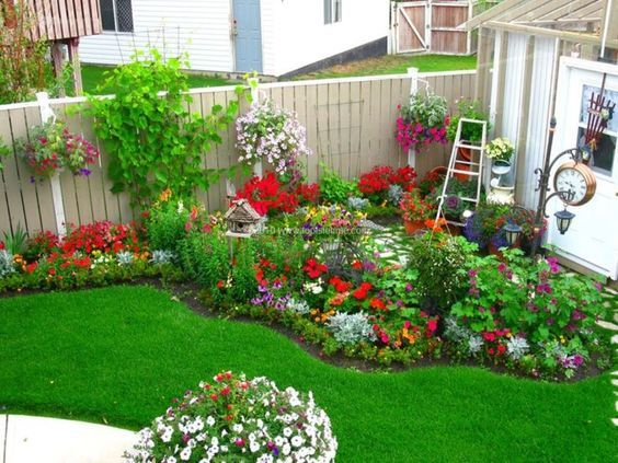 20 Beautiful Backyard Flowers Garden Ideas (2)
